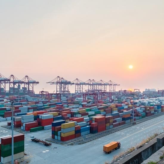 Balança comercial tem superávit de US$ 1,549 bi na 1ª semana de novembro